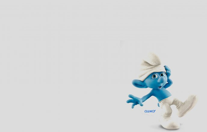 Character from Smurfs movie - Little clumsy